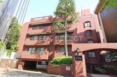 *「恵比寿」駅から徒歩5分ながら閑静な住宅地に佇むマンションです*